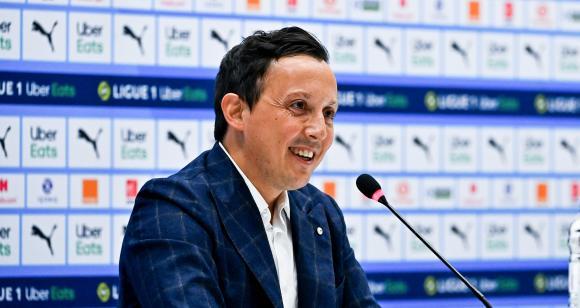 OM - Mercato : Longoria prêt à recruter un joueur néfaste pour le vestiaire ?