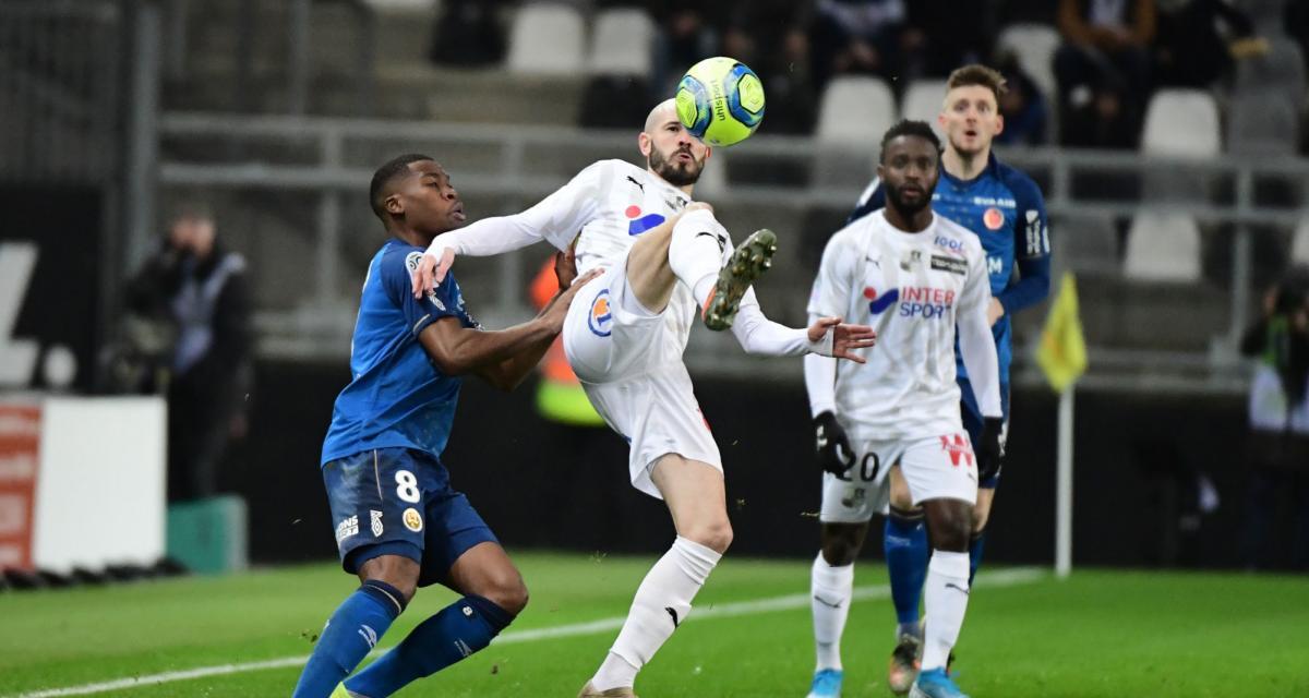 Résultats Ligue 1 : Nîmes 0-0 Stade Rennais ; Amiens SC 0-1 Stade de Reims (mi-temps)