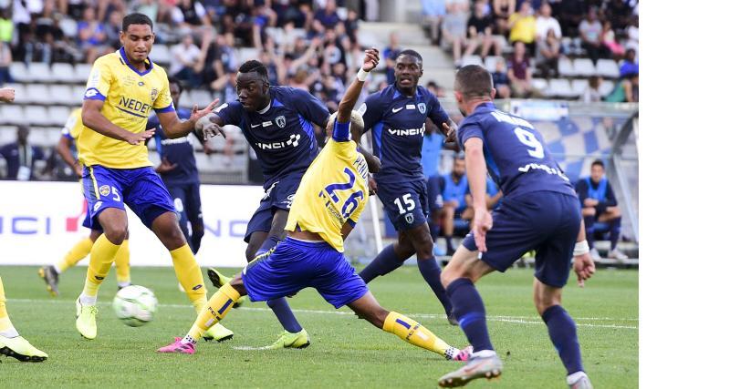 Résultats Ligue 2: Clermont et Chambly reçus sur deux sur deux, tous les résultats!