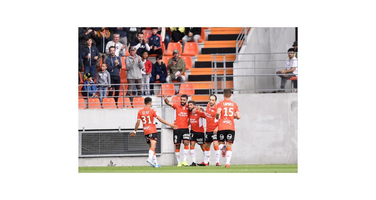 Résultat Ligue 2: Lorient écrase le Paris FC (3-0) et prend la tête de la L2