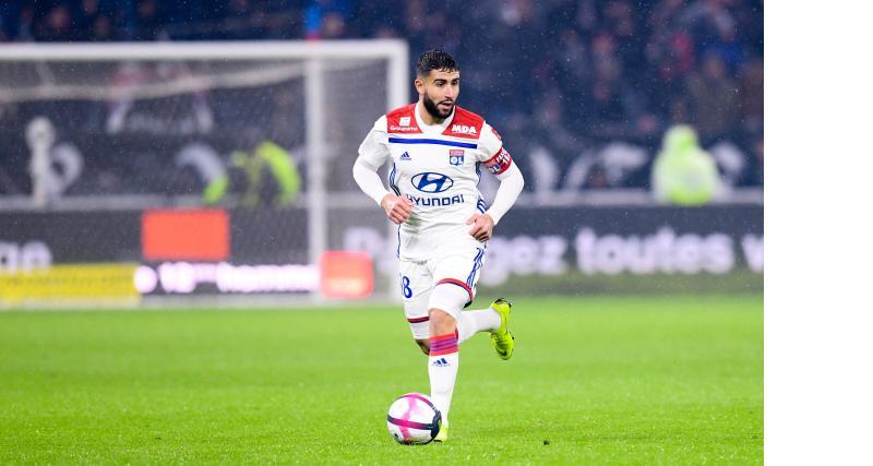 OL - Mercato : Pierre Ménès fustige le choix de Nabil Fekir