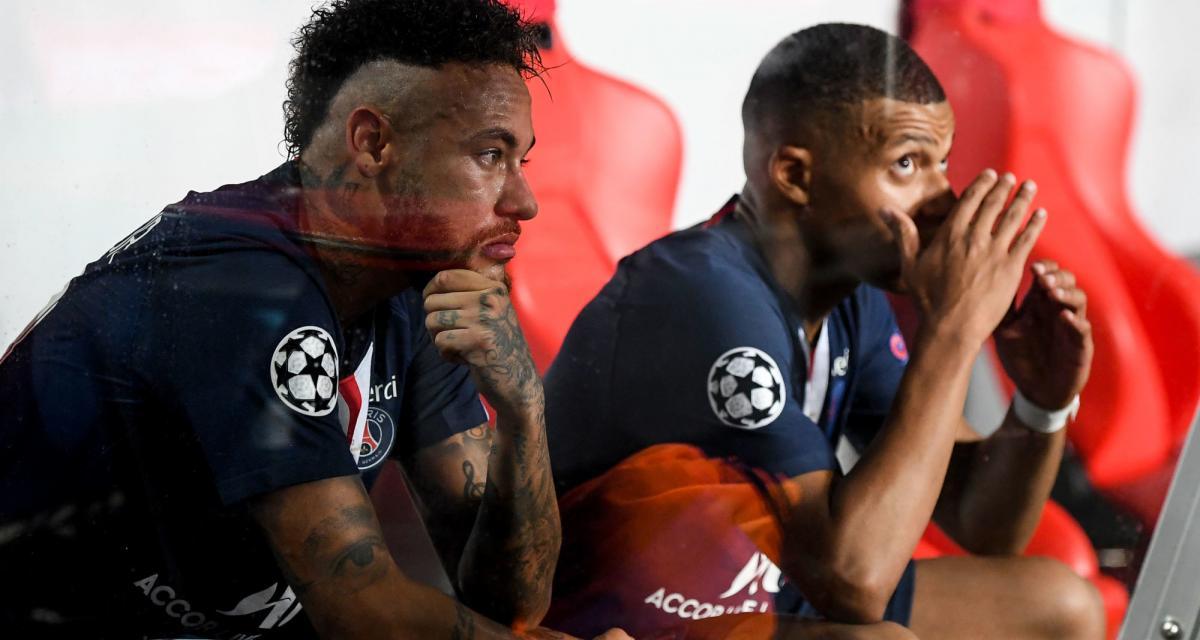 PSG - Mercato : l'avenir de Mbappé et Suarez ou la rencontre Pirlo - CR7 font la Une
