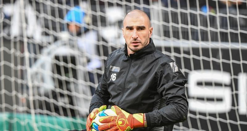 ASSE - Mercato : un club de L1 continue de faire la cour à Ruffier