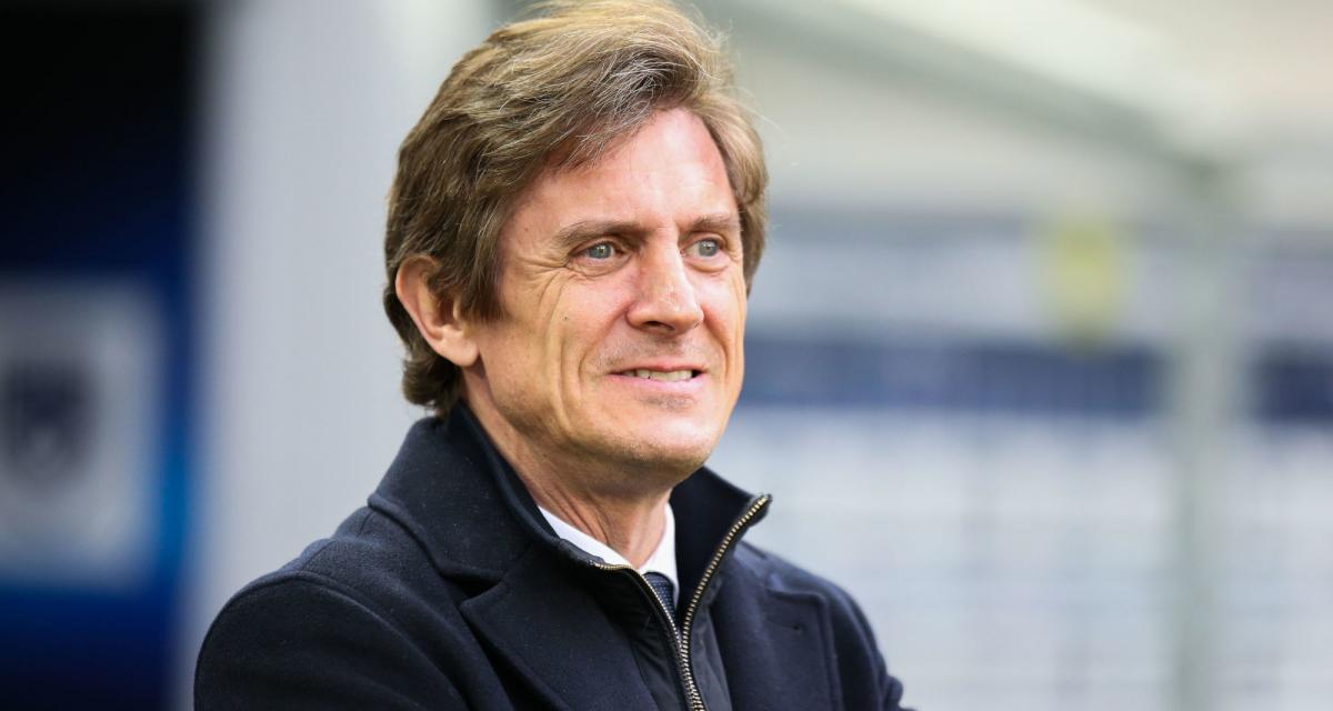 Girondins: le maire de Bordeaux ne lâche pas Longuépée et prévient déjà pour l'après