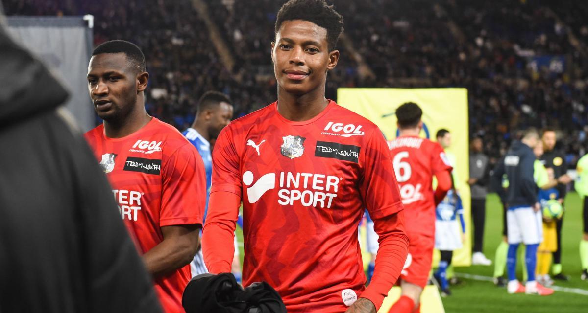RC Strasbourg – Mercato: un grand club étranger débarque sur la piste Zungu (Amiens)