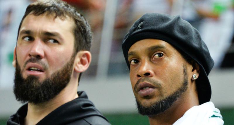 FC Barcelone, PSG : Ronaldinho victime de son frère ?