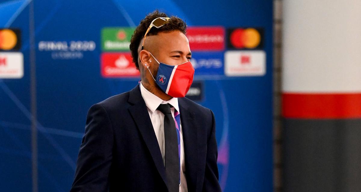 PSG : Neymar est transféré... chez PUMA ! (officiel)