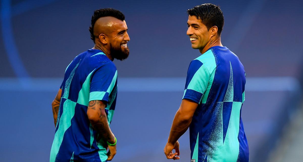 FC Barcelone - Mercato : non retenus pour le premier amical, Suarez et Vidal plus que jamais sur le départ