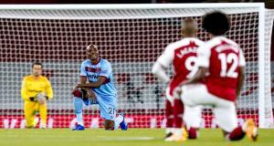 Résultats Premier League: Arsenal enchaîne, United craque, le Leeds «loco» de Bielsa...