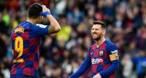 FC Barcelone – Mercato : le départ de Luis Suarez pousse Messi à un nouveau coup de gueule !