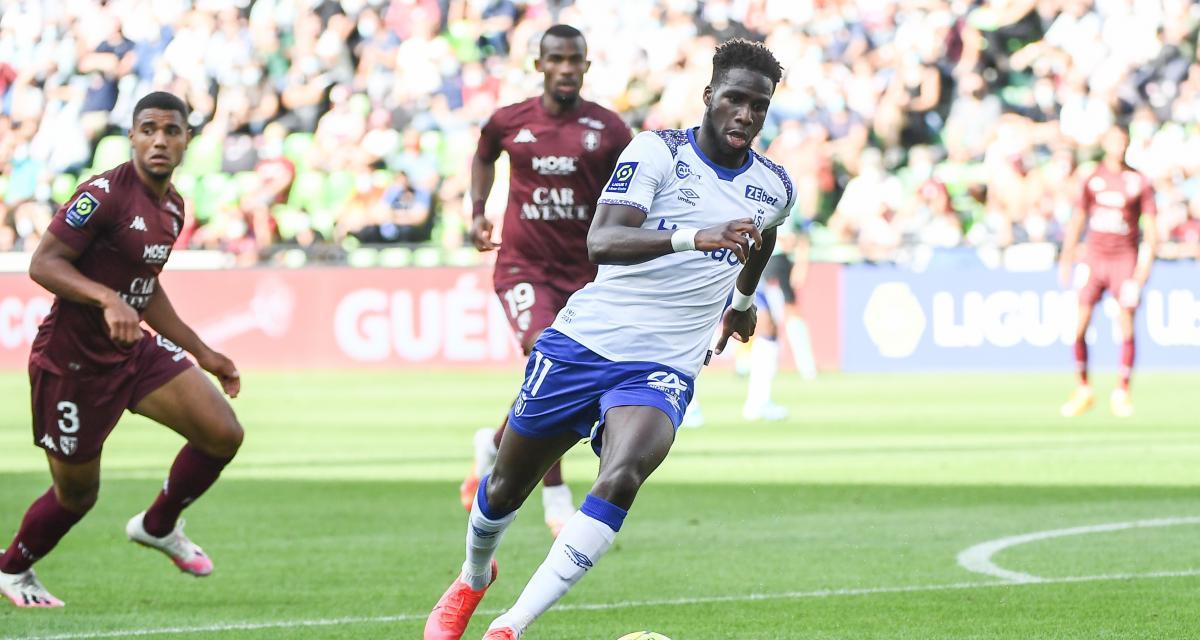 Stade de Reims - Mercato : un autre club de L1 que l'OM se place pour Boulaye Dia