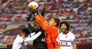 Résultats Ligue Europa : l'OGC Nice sombre, Benfica, Arsenal et l'AS Roma font le travail