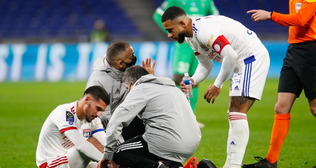 OL - ASSE (2-1) : le derby a laissé des traces sur Houssem Aouar