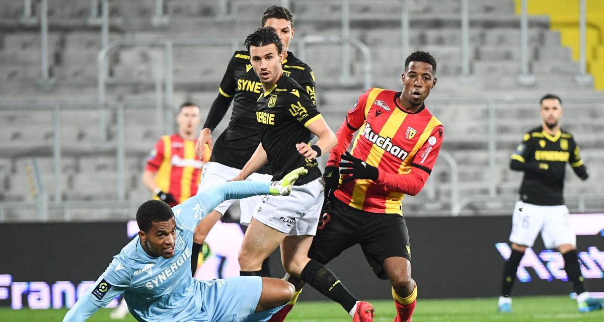 Résultat Ligue 1 : Kakuta donne l'avantage au RC Lens face au FC Nantes (1-0, mi-temps)