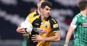 FC Nantes - Mercato : un attaquant passé par le Stade Rennais dans le viseur ?