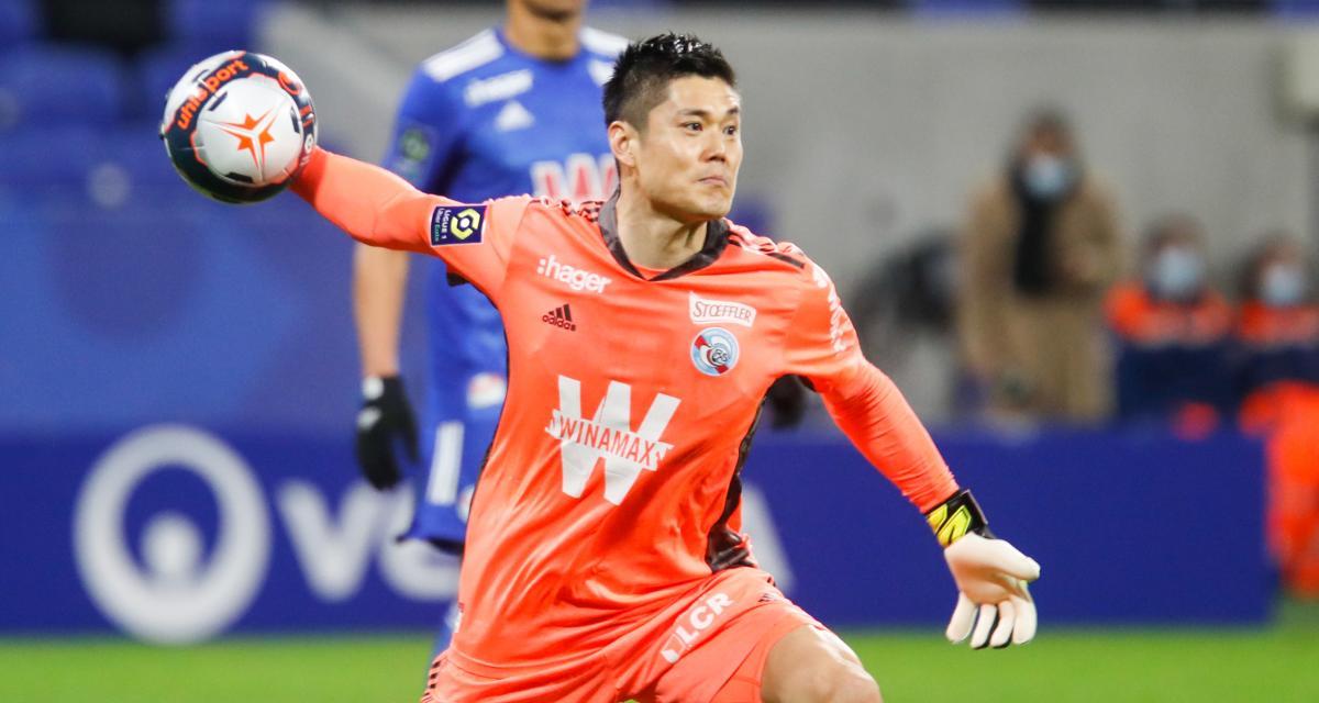 OL - RC Strasbourg (3-0) : Pierre Ménès fusille un joueur du RCSA