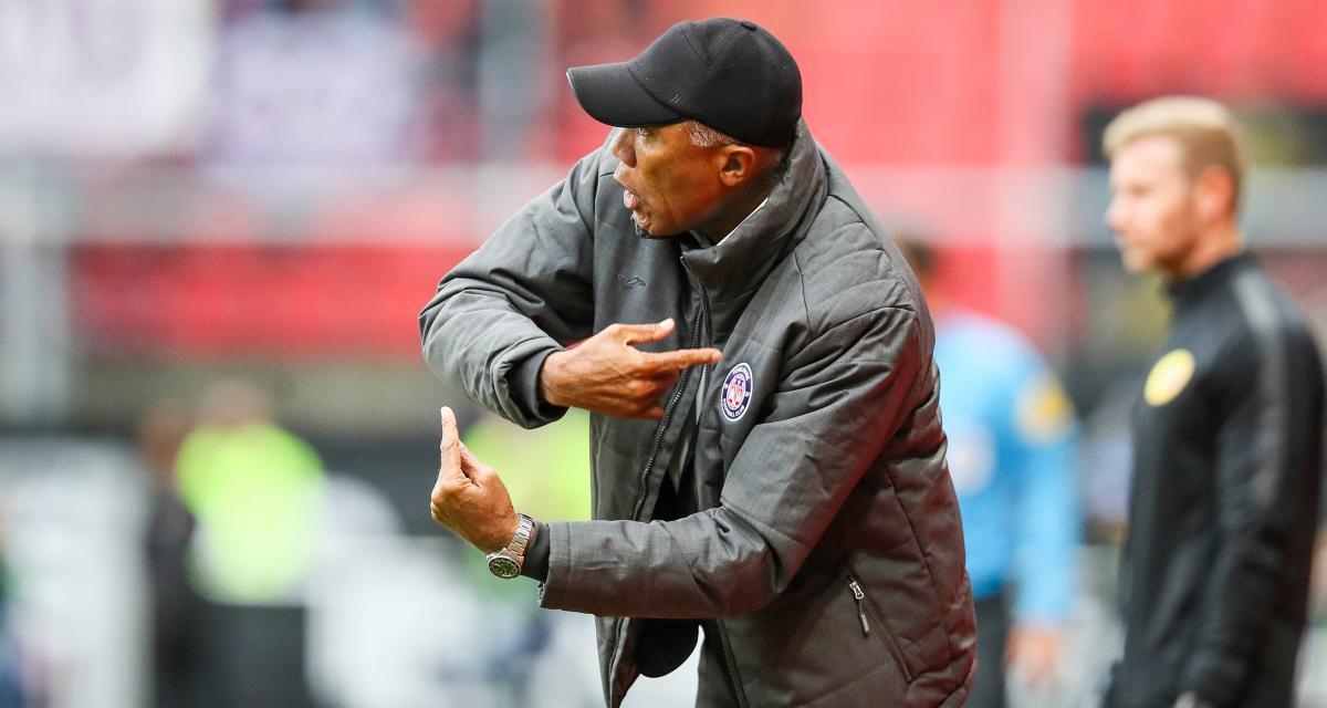 FC Nantes : Kombouaré rebat déjà les cartes dans le vestiaire, un joueur déjà menacé ?