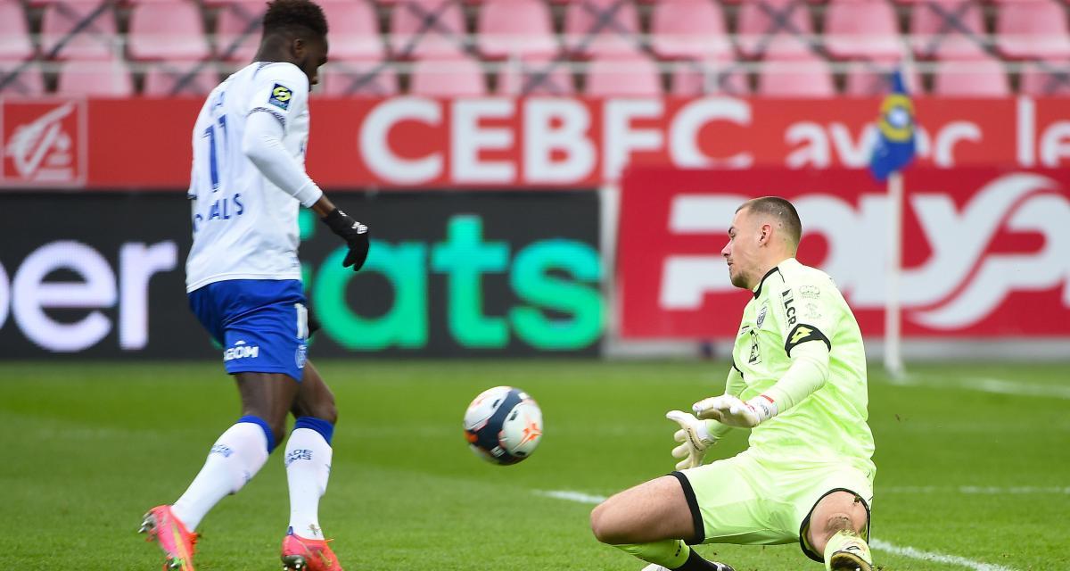 Stade de Reims : Pierre Ménès a assisté à une horrible boulette à Dijon