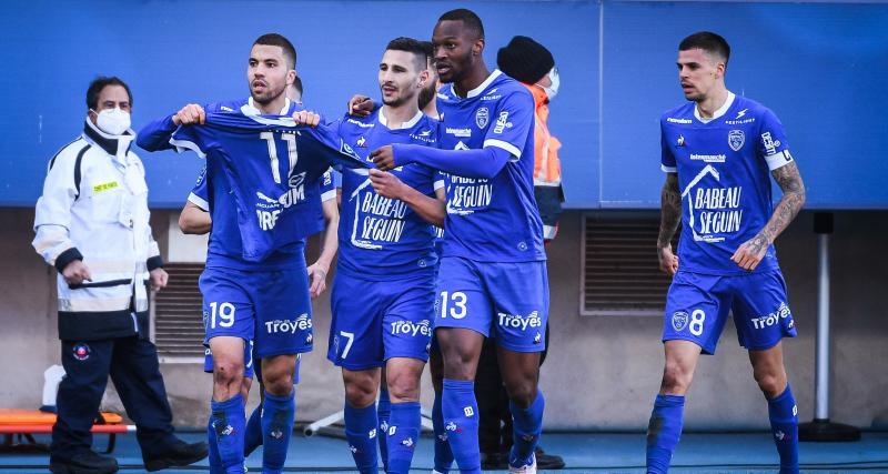 Résultats Ligue 2 : Troyes se rapproche de la Ligue 1, le Paris FC enchaîne