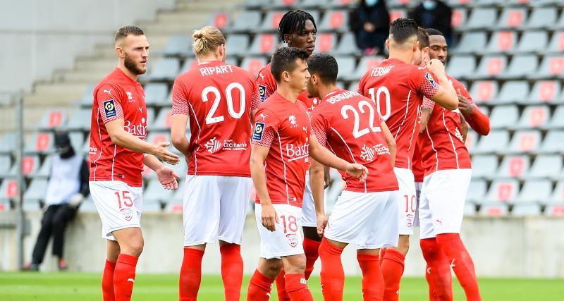Résultats Ligue 1 : Nîmes ne rattrape pas le FC Nantes, Montpellier s'offre Strasbourg (mi-temps)
