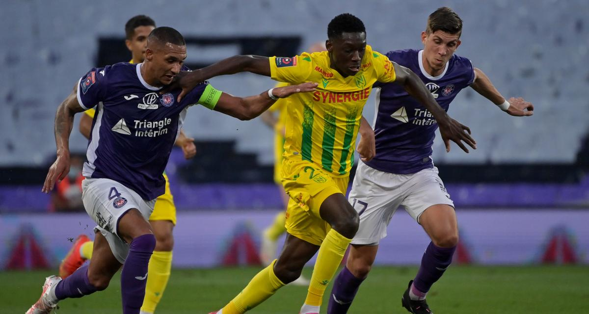 Barrage Ligue 1 : FC Nantes - Toulouse, les compos sont tombées (Kombouaré garde les mêmes)