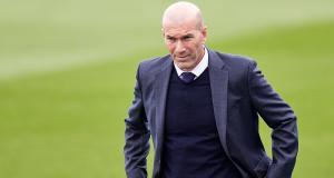Real Madrid : les images de la prise de bec de Zidane en pleine rue