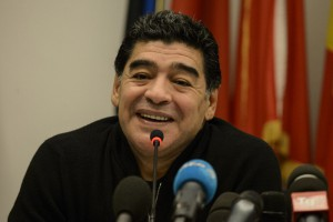 Real Madrid : Diego Maradona met un tacle à Sergio Ramos et aux défenseurs actuels