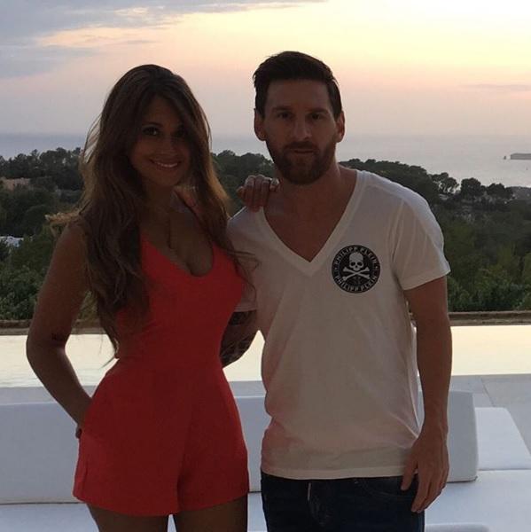 D'anniversaire BarceloneLe Antonella Cadeau À De Fc Messi j54RLA