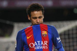 FC Barcelone : Neymar moins bon que Saint-Maximin dans les dribbles !