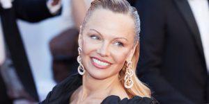 OM : Pamela Anderson déclare officiellement sa flamme à Adil Rami