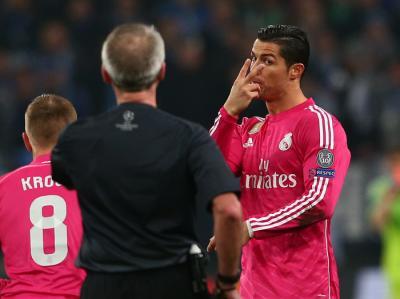 Real Madrid - Mercato : Cristiano Ronaldo, écoeuré par sa situation, serait ouvert à un départ !